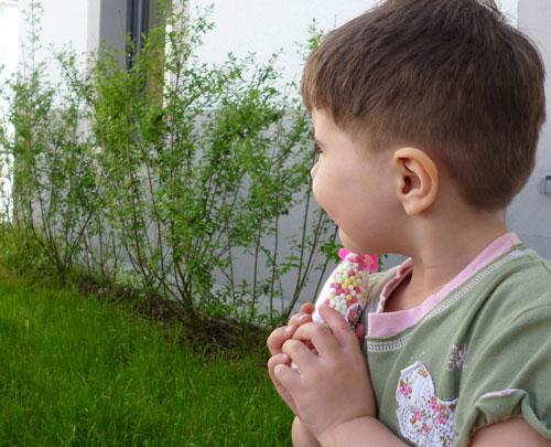 Kleine Tabus Ein Jungshaarschnitt Für Ein Kleines Mädchen