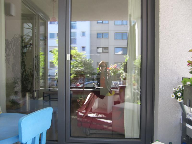 sozialer wohnungbau balkon