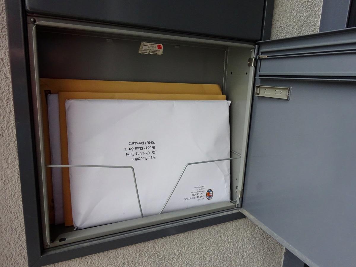 Briefkasten mit Gemeinderatspost