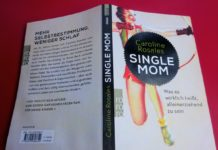 Single Mom von Caroline Rosales